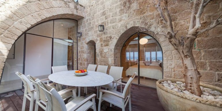 Authentic house on the beach of the ancient port city of Tel Aviv.. Old Jaffa .